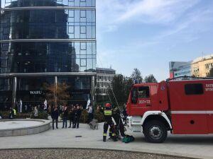 """Pożar i ewakuacja w Warsaw Spire. """"To tylko ćwiczenia"""""""