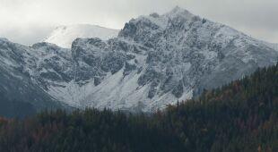 Ratownik TOPR o śniegu w górach