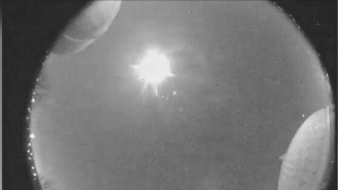 W atmosferę ziemską z prędkością 72 tys. km/h wpadł meteor. Rozbłysk widziany był nad USA